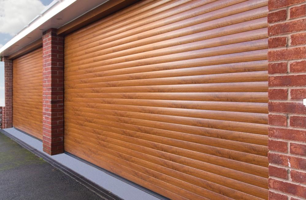 Predstavujeme vám rolovacie garážové brány