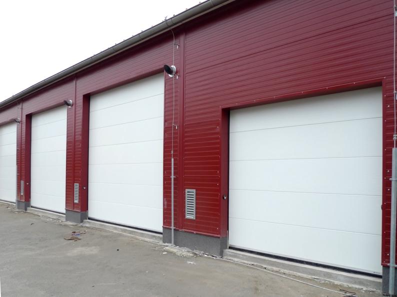 Zoznámme sa s doplnkami priemyselných garážových brán