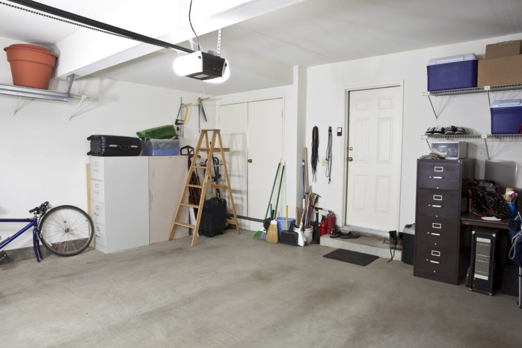 Aj garáž si zaslúži jarné upratovanie. Myslíte, že nie?