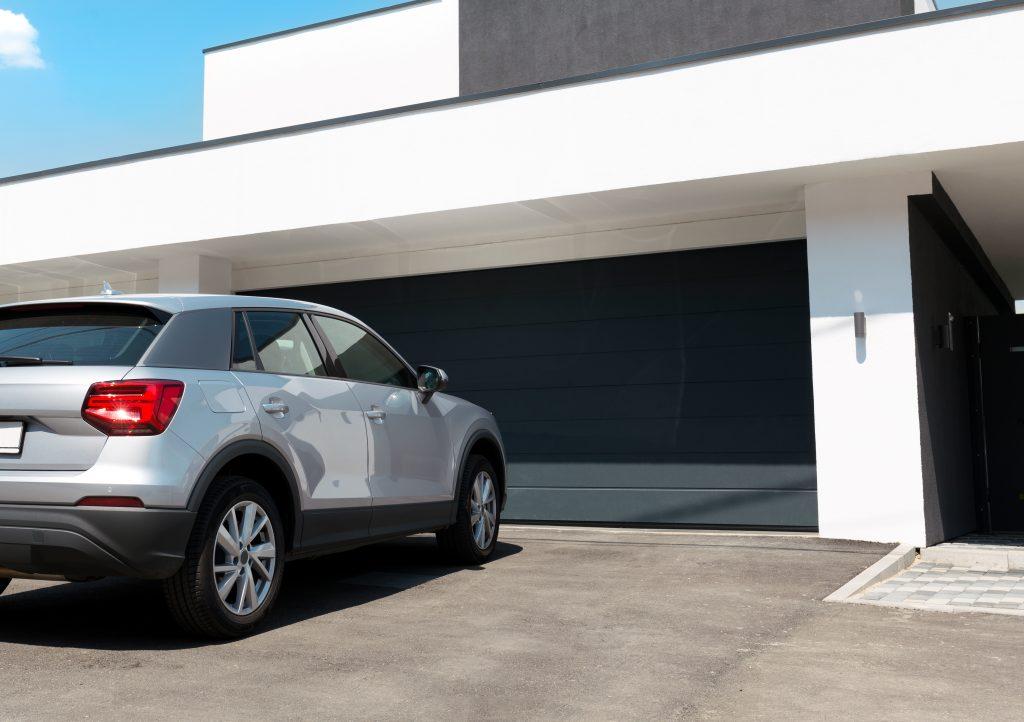 Dajte zlodejom červenú: ako čo najlepšie zabezpečiť garáž pred vykradnutím?